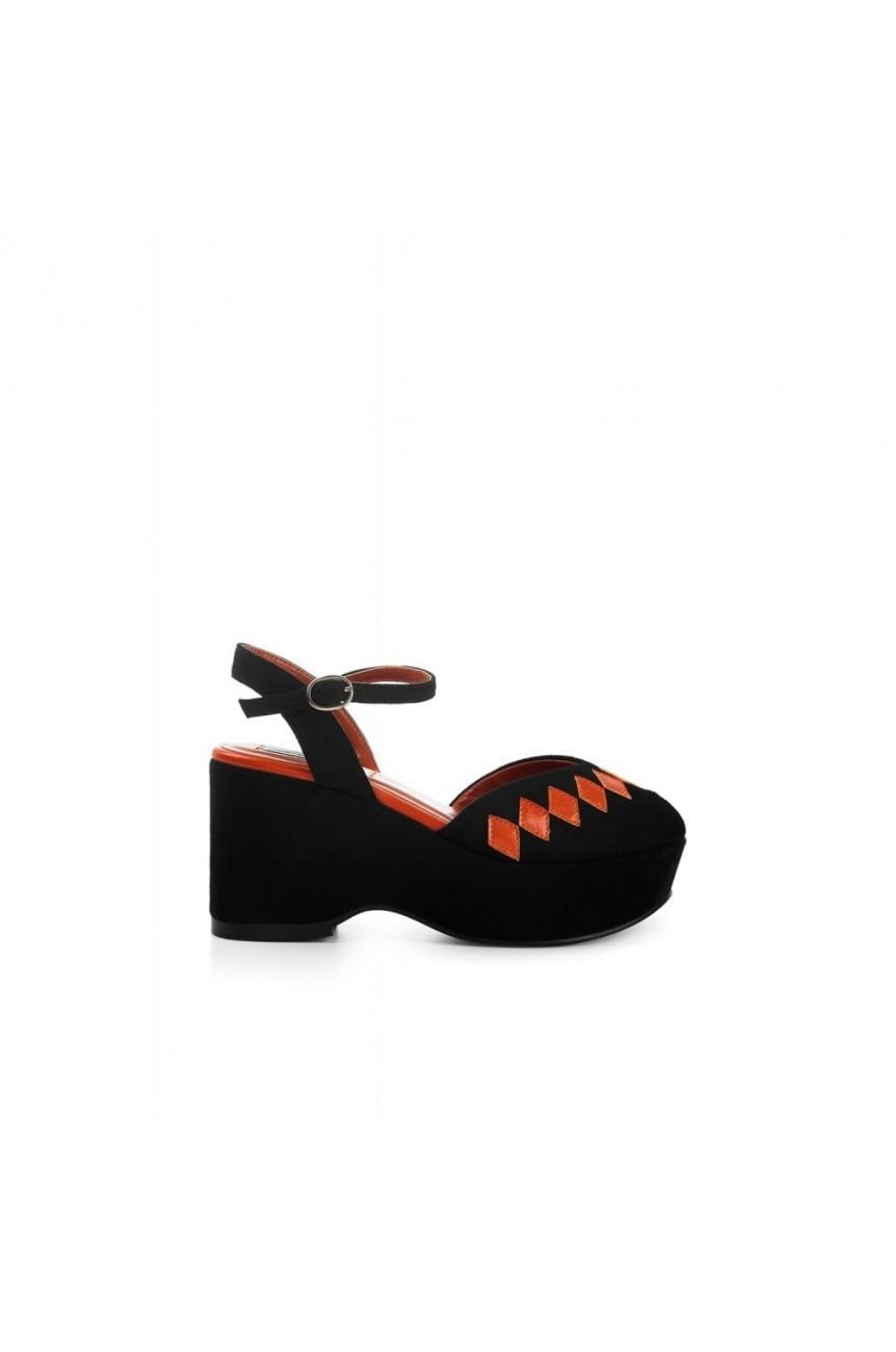 Chaussure compensée noire Pin-up